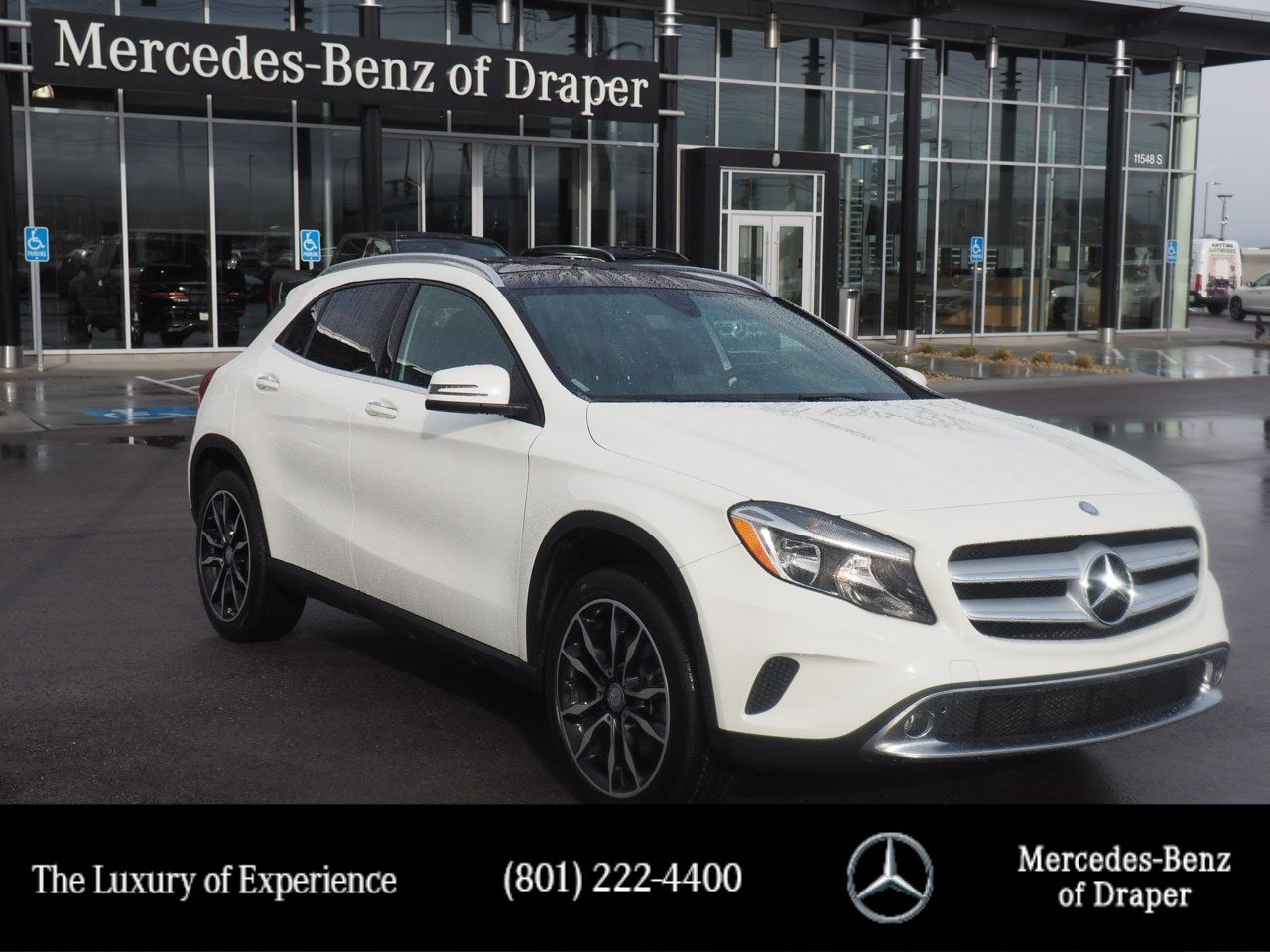 Certified Pre-Owned 2017 Mercedes-Benz GLA 250 4MATIC®